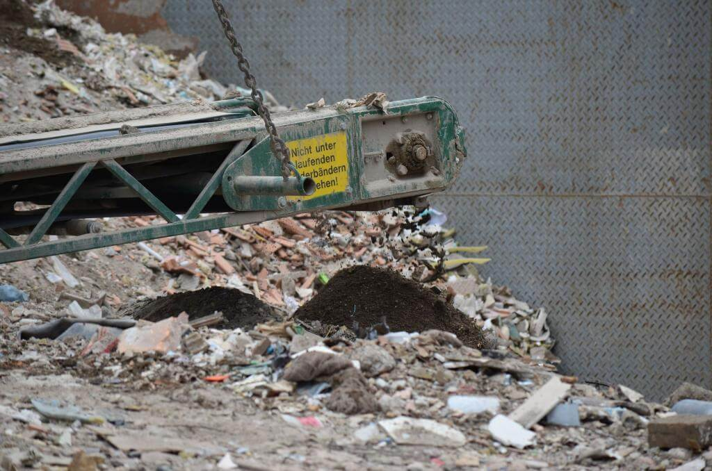 Építési törmelék tárolása